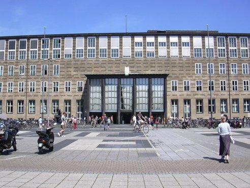 ケルン大学
